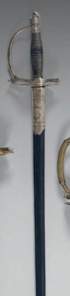 Épée d'uniforme, garde en argent poinçonnée,...