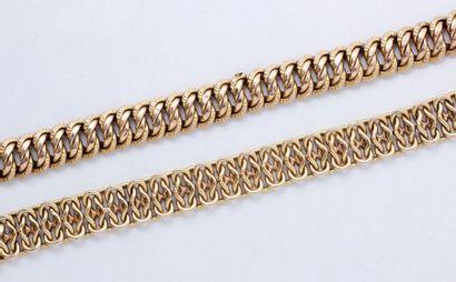 Lot en or 18 K composé de 2 bracelets, maille...