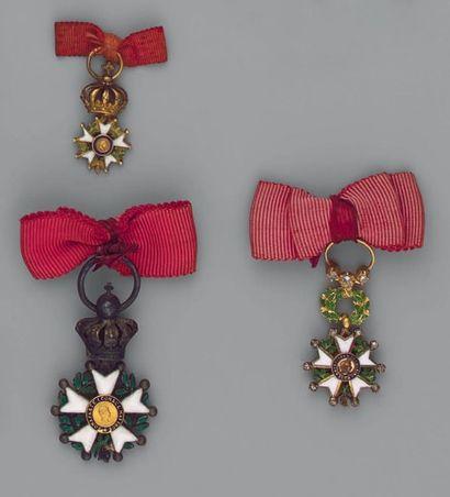 Trois réductions de l'ordre de la Légion...