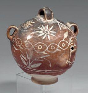 Récipient globulaire à décor peint: vase...