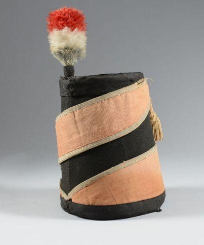 Bonnet de hussard, taconnet, de style révolutionnaire...