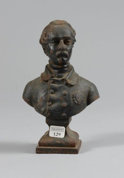 Buste en fonte laqué noir: Louis-Napoléon...