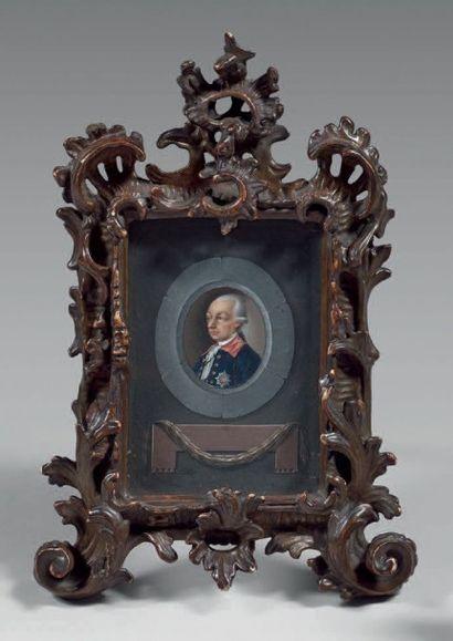Miniature ovale sur ivoire: Portrait présumé...
