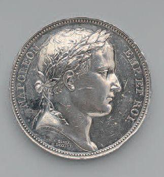 Médaille en argent au buste de Napoléon 1er...