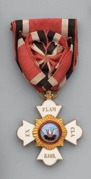 Croix de chevalier de 2e classe en or, émaillée;...