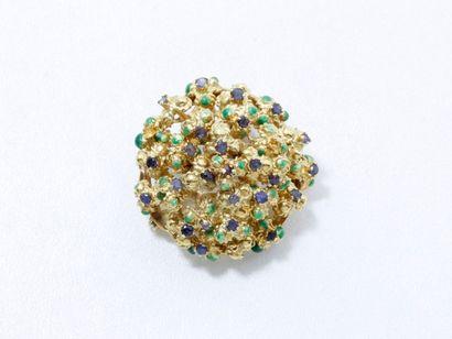 Broche en or 750 millièmes habillée de fleurettes...