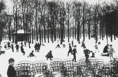 Première neige au Luxembourg, 1955 Tirage...