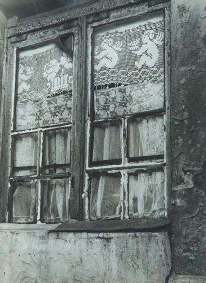 Fenêtre, 1947 Tirage gélatino-argentique...