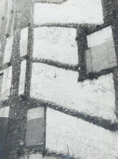 Façade, 1948 Tirage gélatino-argentique d'époque...