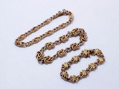 Lot en or 750 millièmes, composé de 3 bracelets...
