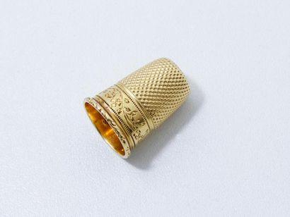 Dé à coudre en or 750 millièmes décoré d'une...
