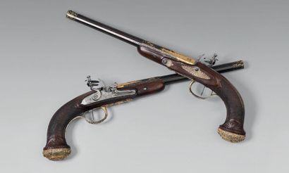 Rare paire de pistolets à silex modèle de récompense d'officier supérieur de marine...