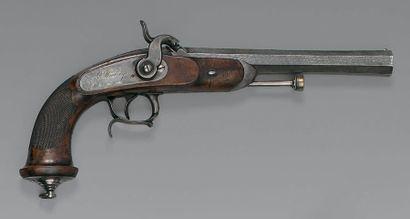 Pistolet à percussion d'officier de cavalerie modèle 1833, premier modèle platine...