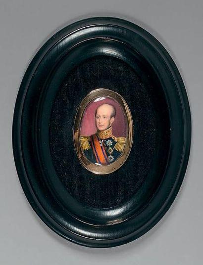 Miniature ovale sur ivoire: Portrait de Guillaume...
