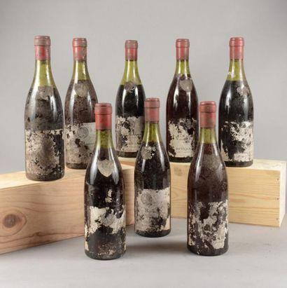 8 bouteilles VOSNE-ROMANEE Besnard Fils (eta...