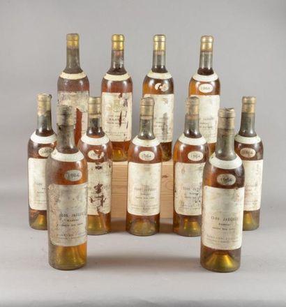 11 bouteilles CLOS JOGUET, Barsac 1964 (Mise...