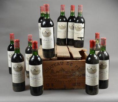 12 bouteilles CH. DE PEZ, Saint-Estèphe 1970...