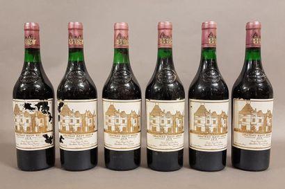 6 bouteilles CH. HAUT-BRION, 1° cru Pessac-Léognan...