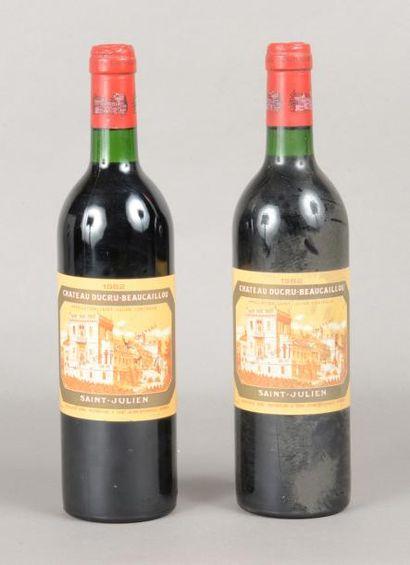 2 bouteilles CH. DUCRU-BEAUCAILLOU, 2° cru...
