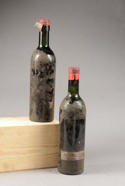 2 bouteilles CH. LATOUR A POMEROL, Pomerol 1955 (SE, caps dec pour lire mill. 1...