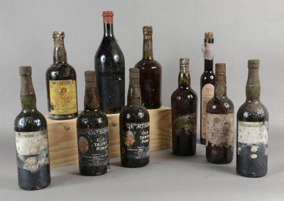 Ensemble de 10 bouteilles 1 demie GRAPPA «Amarone della Valpolicella», Tommasi 1...