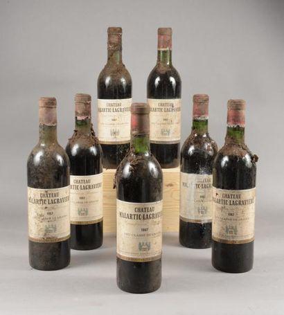 7 bouteilles CH. MALARTIC-LAGRAVIERE, Pessac-Léognan...