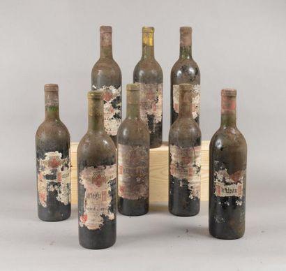 8 bouteilles CH. ROZIERS, St-Emilion 1971...