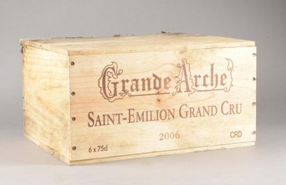 6 bouteilles CH. LA GRANDE ARCHE, St-Emilion...
