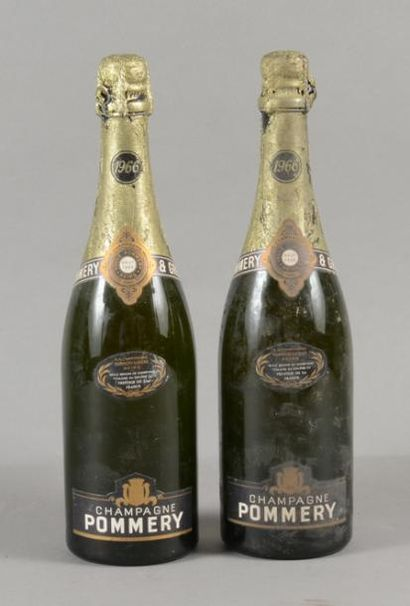 2 bouteilles CHAMPAGNE Pommery 1966 (1 LB,...