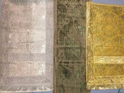 Velours de soie de style Moyen-Âge, fin du...