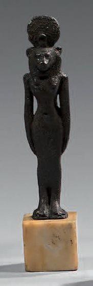 Statuette représentant la déesse Sekhmet...