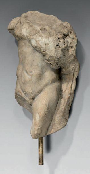 Fragment de torse acéphale de Sylvanus portant...