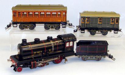J. de P. : Locomotive électrique 120, noire...