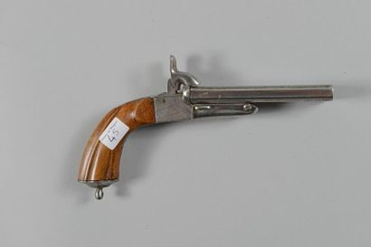 Pistolet à broche, double canon en table...