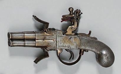 Pistolet à silex de type coup de poing, quatre...