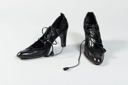 Yves SAINT LAURENT haute couture  Paire d'escarpins...
