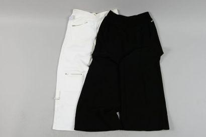 Sonia RYKIEL, JOSEPH  Lot de deux pantalons...