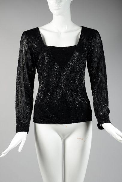 KRIZIA  Top en jersey noir rebrodé de perles...