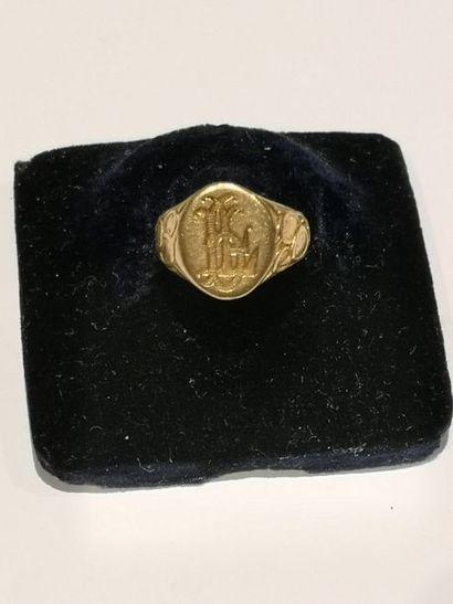 Chevalière en or (750°/°°) monogrammée LG...