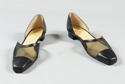 Christian LOUBOUTIN pour Eveline Shoes  Paire...
