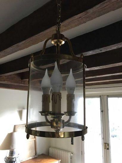 Lanterne cylindrique en laiton doré à trois...