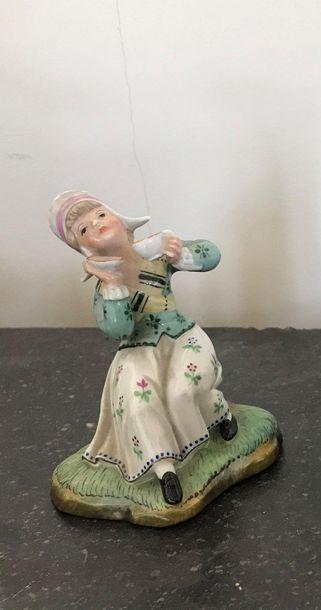 Sujet en porcelaine polychrome Jeune fille...