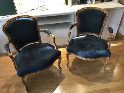 Pair of moulded natural wood armchairs with...