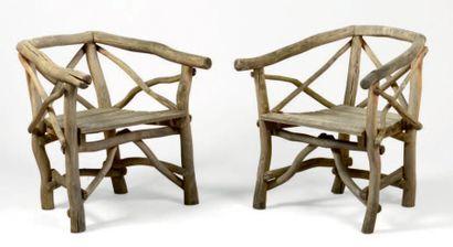 Paire de fauteuils de jardin en bois naturel...