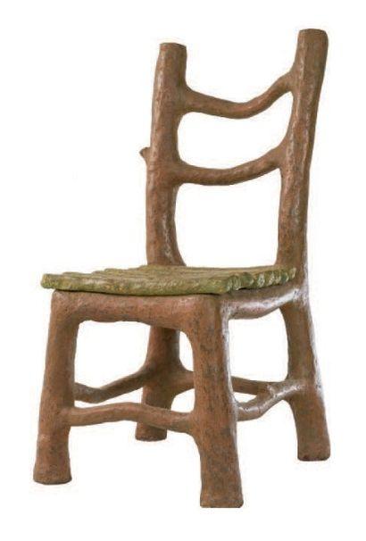 Six chaises rustiques Carton. Hauteur: 97...
