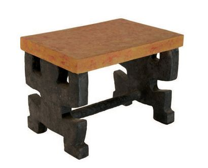 Table d'appoint Carton. Hauteur: 45 cm Longueur:...