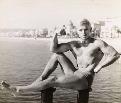 21 Frank HOLLFELDER Autoportrait - Années...