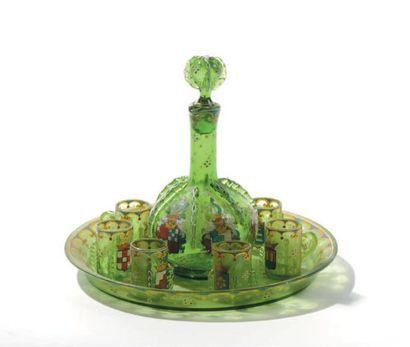 Service à liqueur en verre translucide vert...