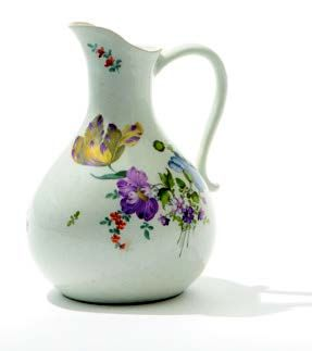 Verseuse en porcelaine blanche de Meissen...