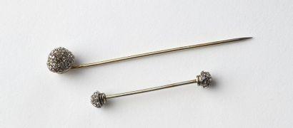 Épingle de cravate en or gris 18K 750‰, parée...